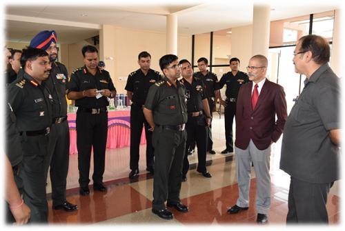 Defence-officer-visit-18jun15-1