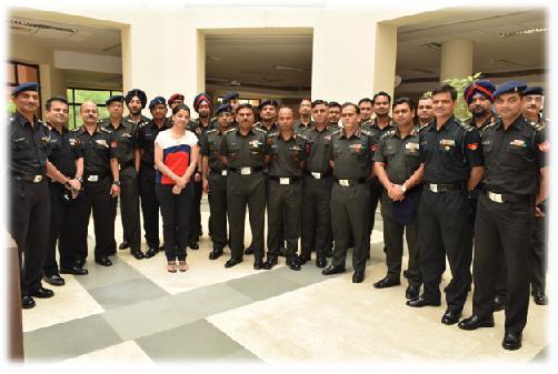 Defence-officer-visit-18jun15-3