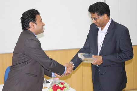 Vetri Subramaniam Guest Talk1