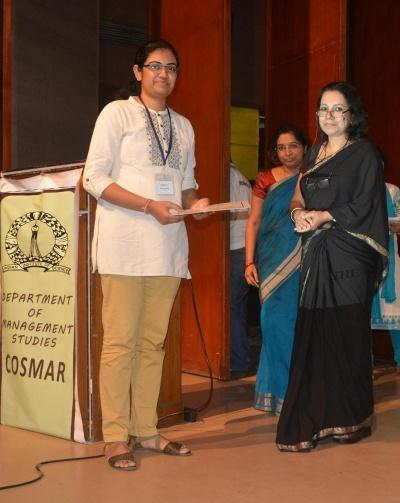 Rashmi-Shukla-Best-Paper-Award-COSMAR15